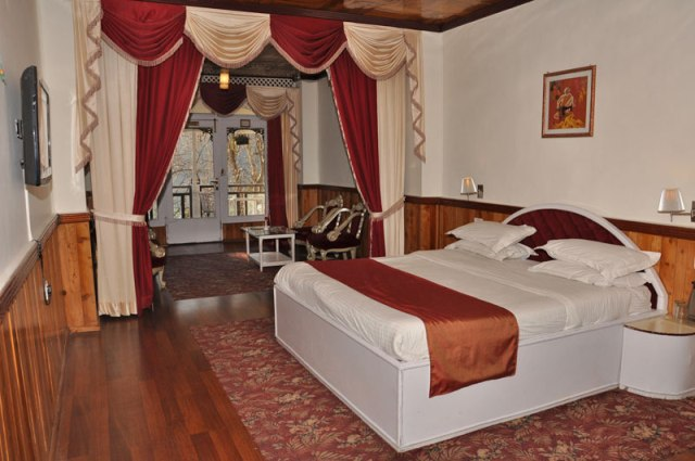 Alka The Lake Side Hotel Nainital, Rooms, Rates, Photos, Reviews